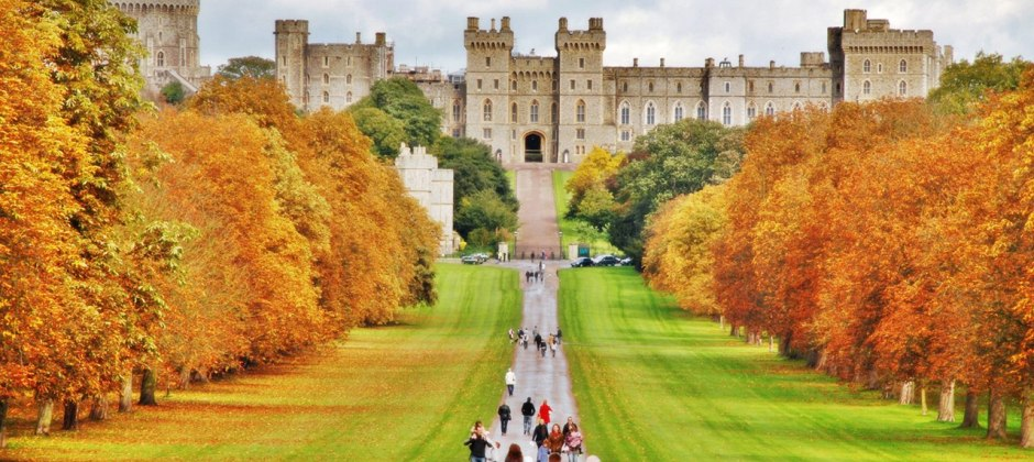 London: Tour of Windsor Castle, Stonehenge and Bath