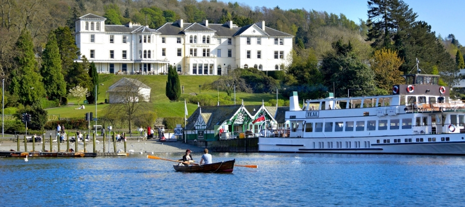 London- Windermere: Local sightseeing and Coniston cruise