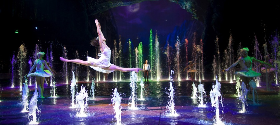 Arrive Hong Kong – Macau: Optional House of dancing water show