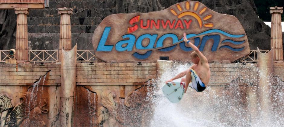Kuala Lumpur: Full Day Sunway Lagoon Tour