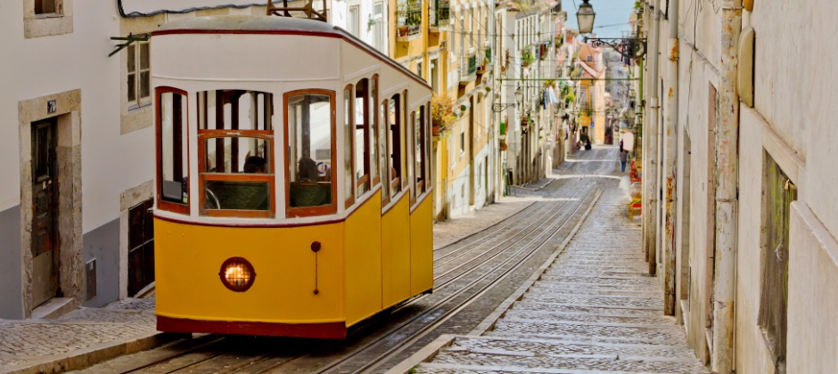 Lisbon: Day Free At Leisure of Optional Trips
