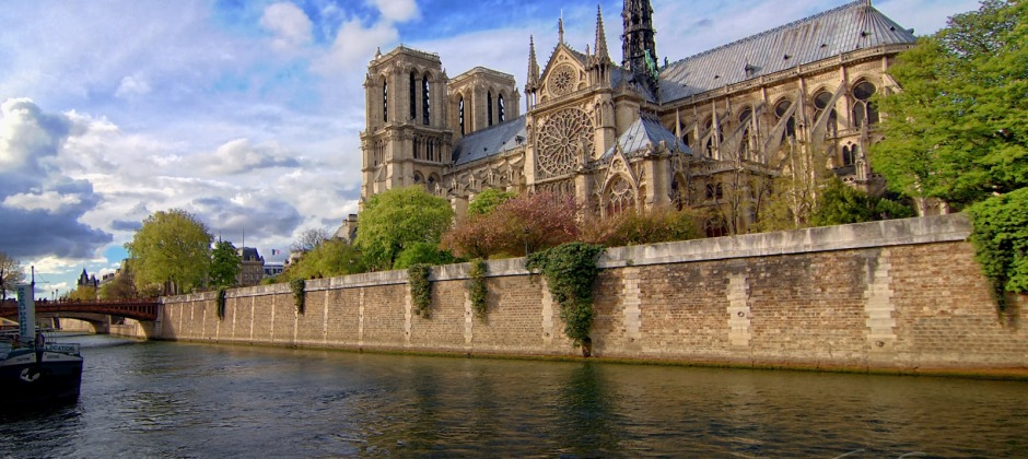 Paris: Hop on Hop off City tour (1 day pass)