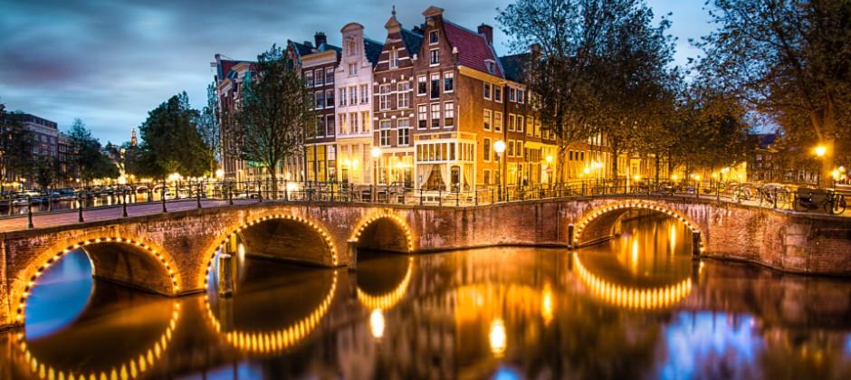Amsterdam – Paris