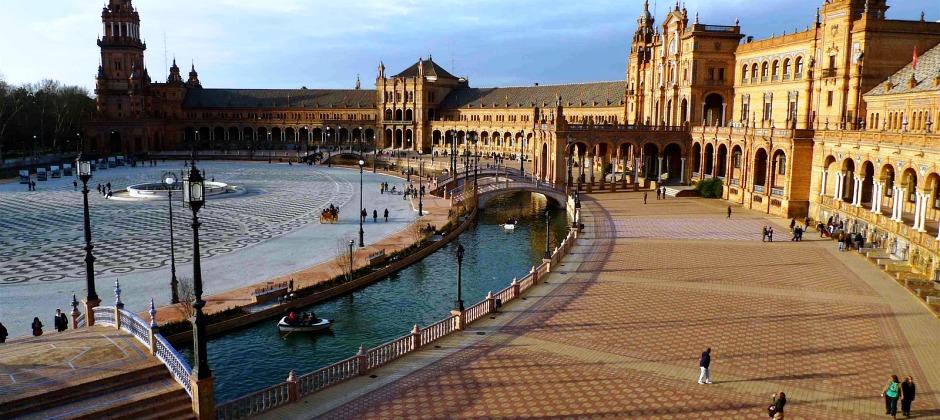 Arrive Seville