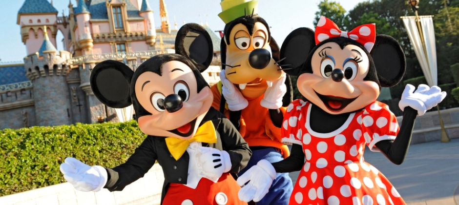 Los Angeles: Full Day Disneyland Park Tour