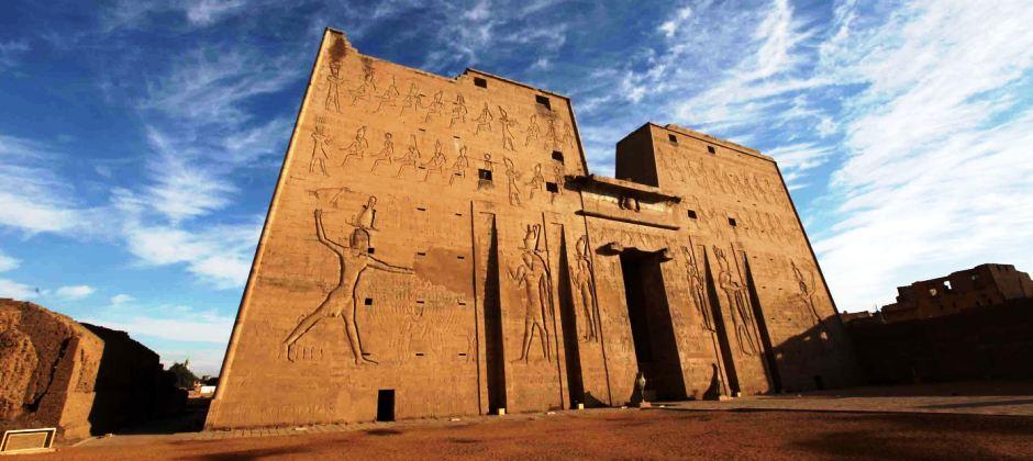 Aswan: Kom Ombo, Edfu and Esna