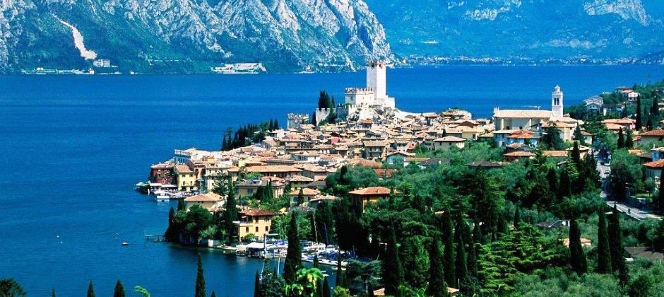 Milan: Day trip to Lake Como on SIC basis (Approx 9hrs):