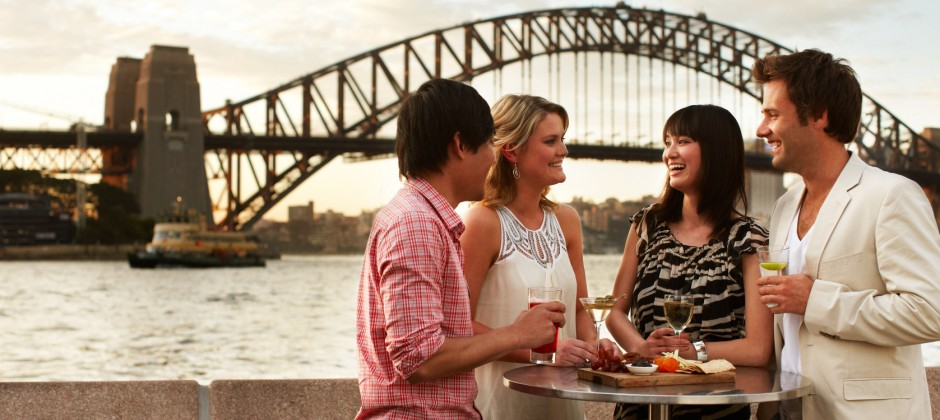 Sydney : City Tour, Aquarium, Sydney Tower Eye With 4D & Sydney Show Boat Cruise