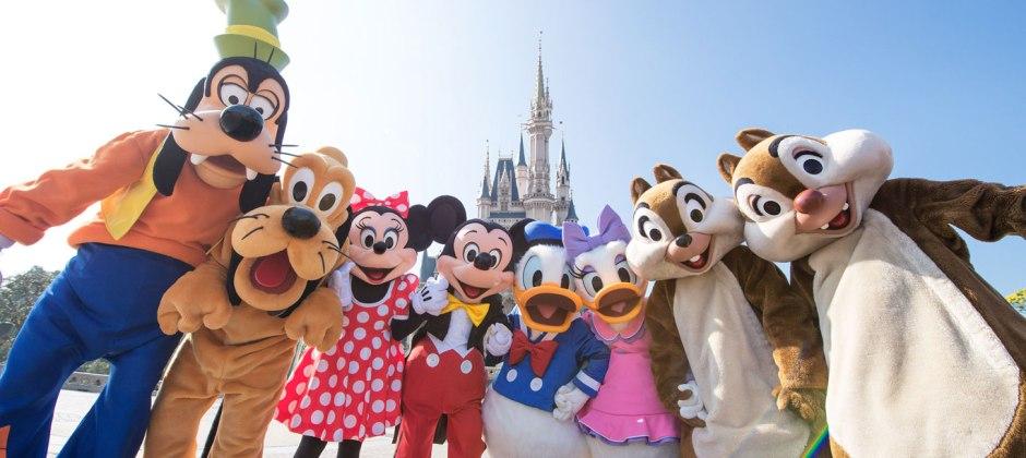 Tokyo – Disneyland & Disney Sea Tour