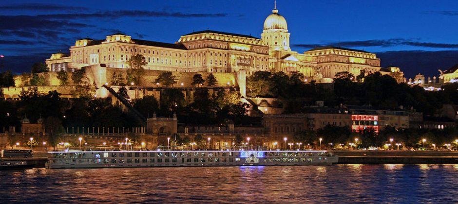 Budapest – Hop on Hop off Tour