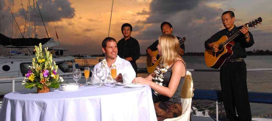 Day at leisure/Optional Sunset dinner cruise