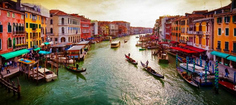 Rome – Venice | Visit Pisa – Venice | Gondola ride in evening