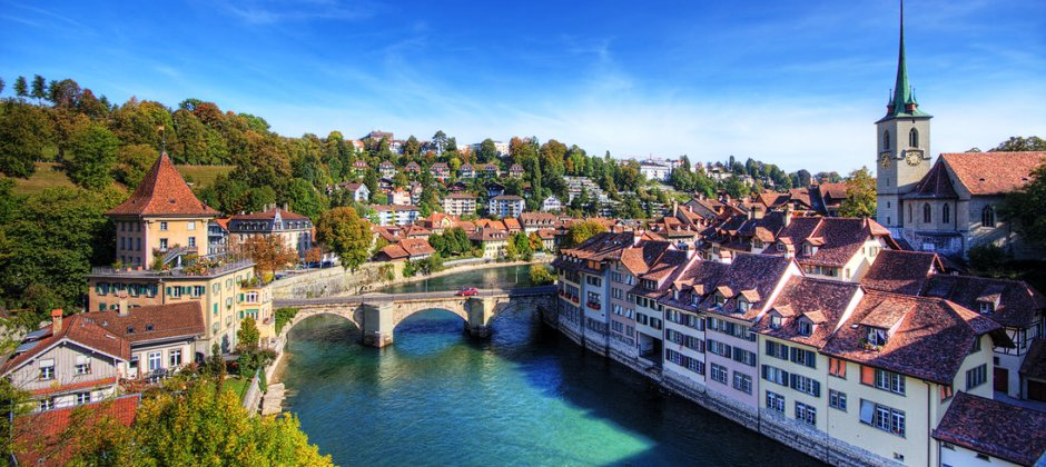 Interlaken – Geneva | Visit Bern & Old town