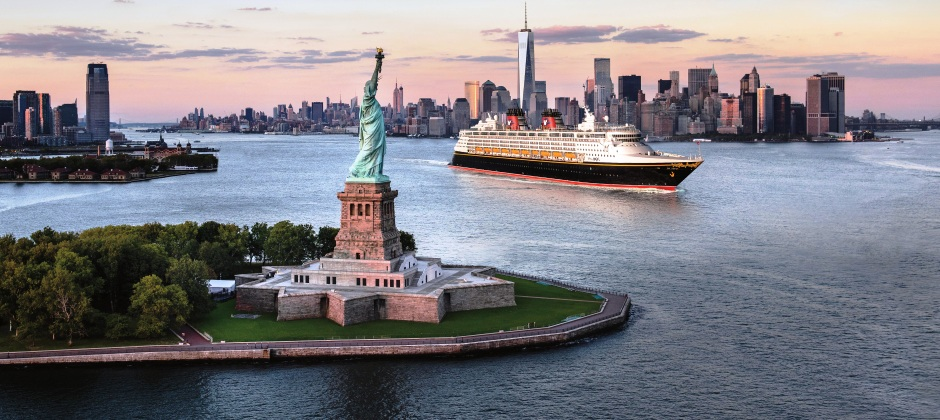 New York | Visit Statue of Liberty and Freedom Tower