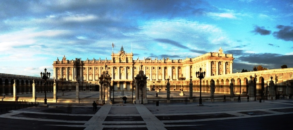 Madrid: Madrid Hightlights + Skip the Line Guided Tour Prado Museum AM