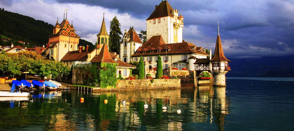 Visit to Geneva (Natural Museum of Geneva, view of Geneva Fountain) & Visit to Chillon Castle