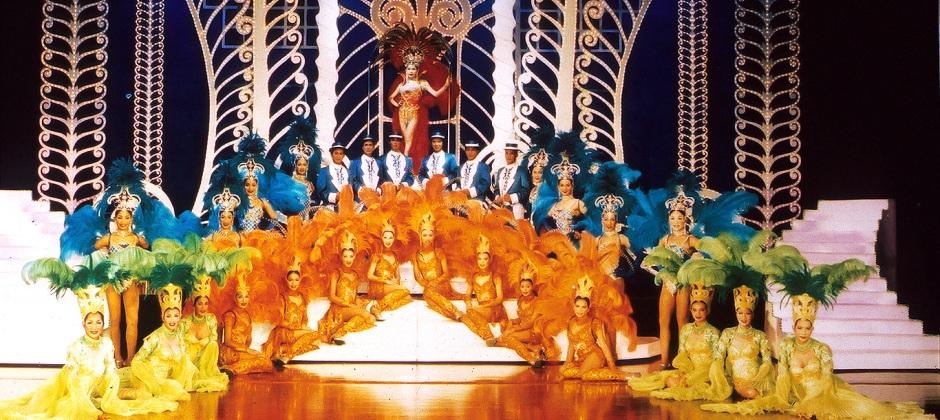 Pattaya : Coral Island Tour & Tiffany's Cabaret Show