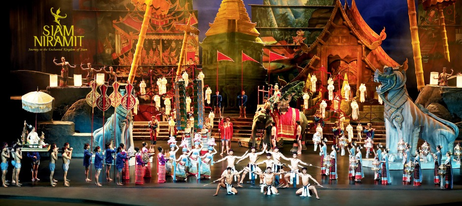 Pattaya – Bangkok (Optional: Siam Niramit Show)