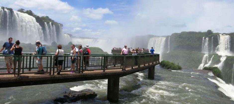Buenos Aires – Iguassu Falls : Brazilian side