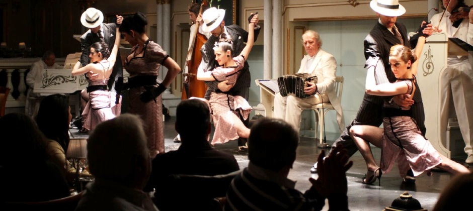 Buenos Aires: City Tour & Tango Show with Dinner