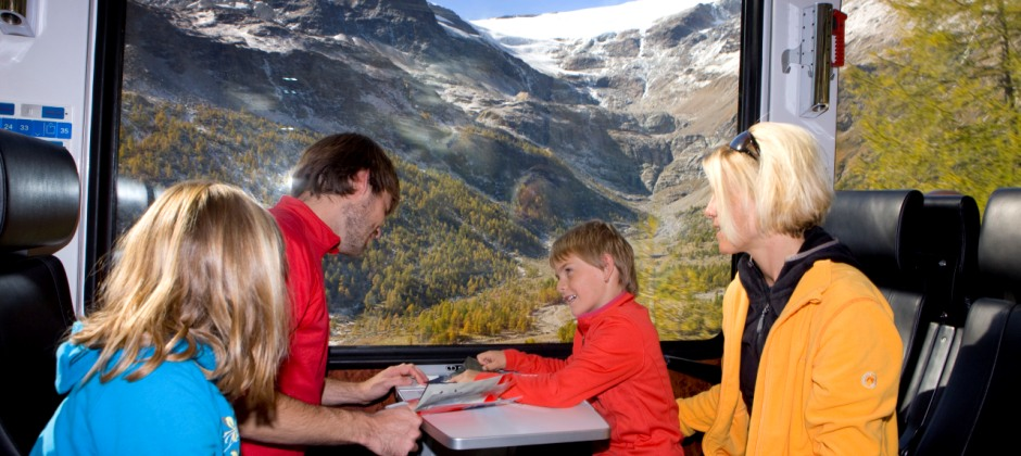 St. Moritz: Excursion on Bernina Express