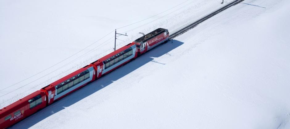 Zermatt - St. Moritz- On board Glacier Express